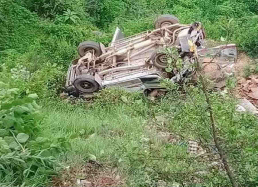 road accident in tehri garhwal many students died