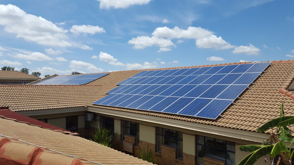 Image: Save electricity and earn money by solar rooftop scheme