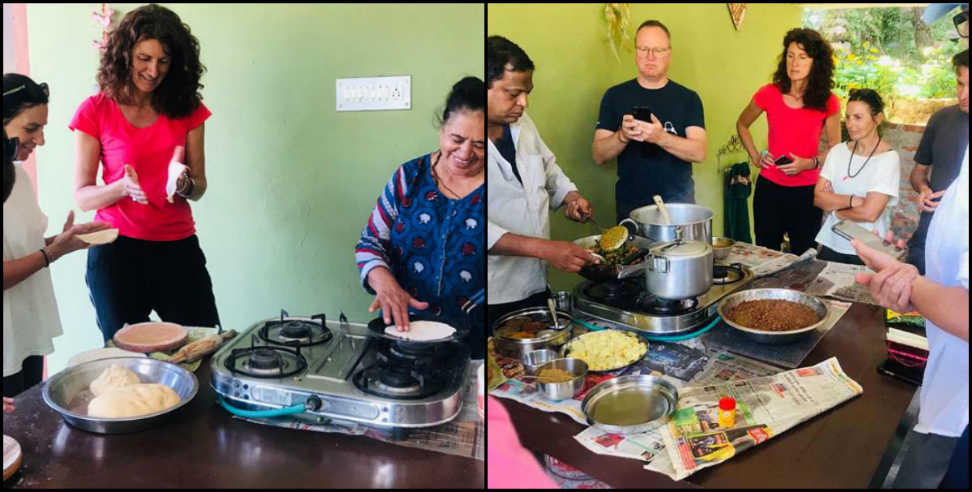 Image: Foreigners are taking training of cooking pahadi dishes