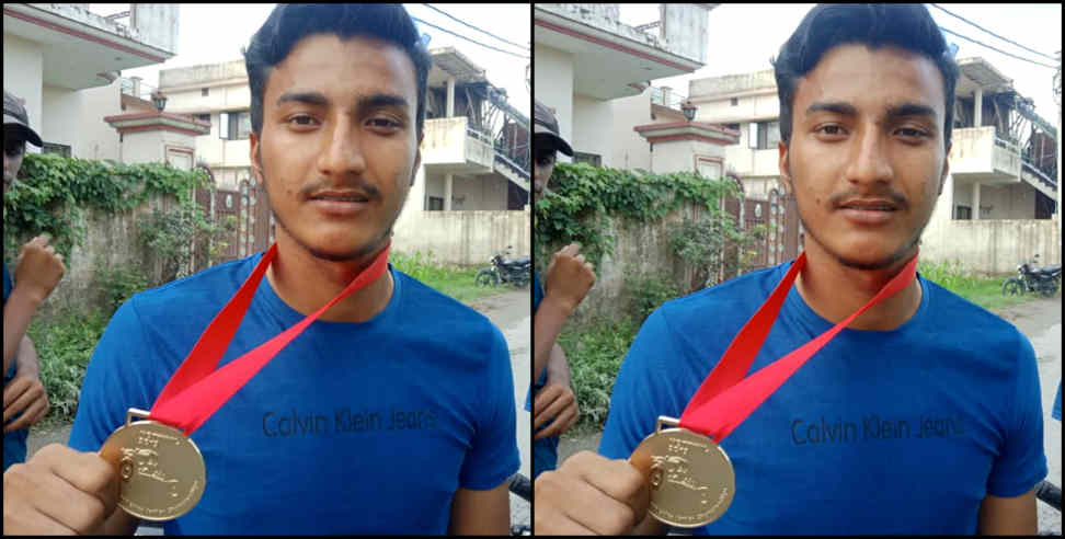 almora: sagar thayat won gold medel in world paralampic
