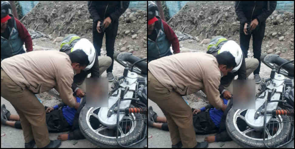 Image: Two wheeler driver died due to unknown vehicle collision in Rishikesh