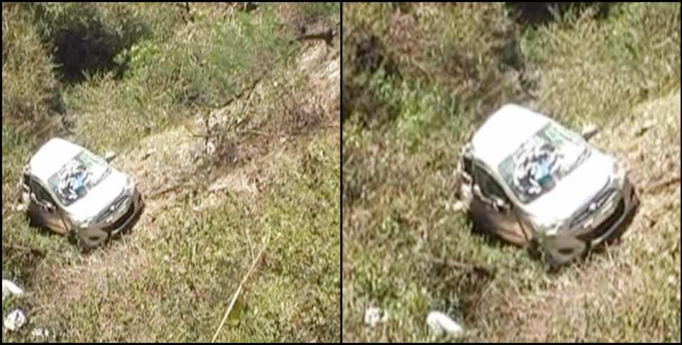 Image: Car accident in Pauri Garhwal