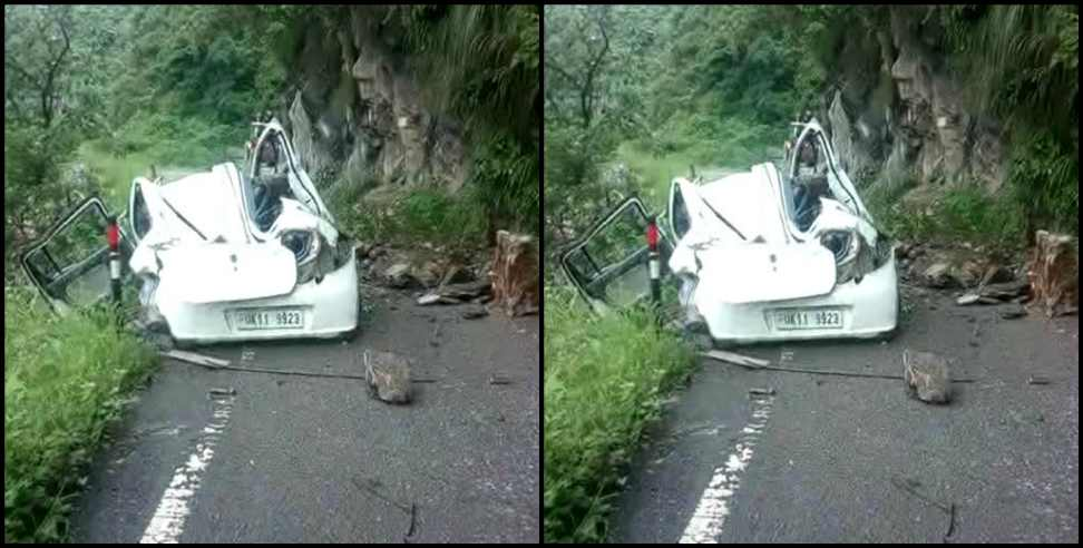 Image: Boulder fell on car in Chamoli one died