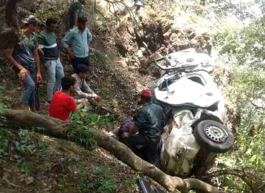 mussoorie road accident four people died