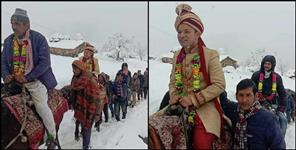 Wedding in snowfall uttarakhand pics
