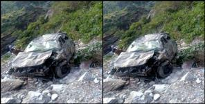 Car fell into ditch in gopeshwar chamoli one killed