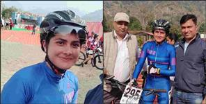 Poonam kholiya wins gold in mountain bike race