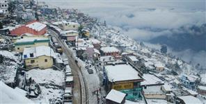 heavy snowfall alert for the next two days in uttarakhand