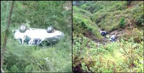 latest-uttarakhand-news: CAR FALL IN DITCH IN NAINITAL