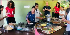Foreigners are taking training of cooking pahadi dishes