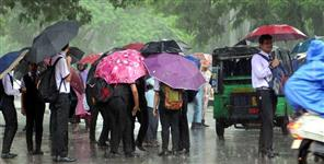 देहरादून: school holiday in dehradun due to rain