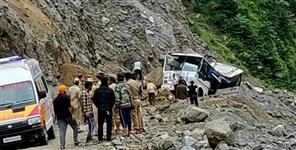 k: road accident at badrinath highway seven people died