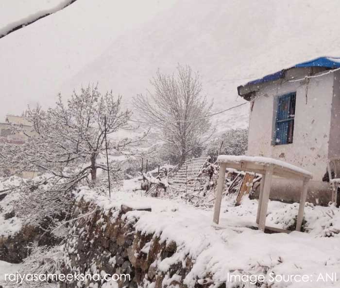snow fall in badrinath