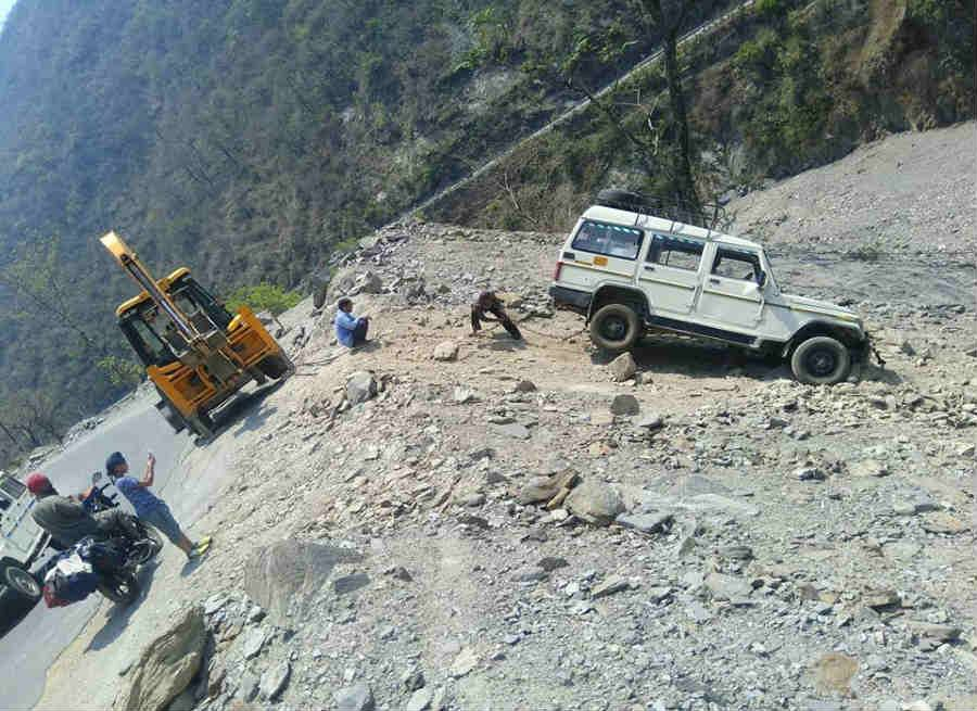 accident in devprayag news from rajyasameeksha.com